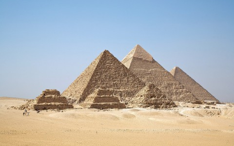 photo credit: Man-made - Gizah Pyramids via photopin (license)