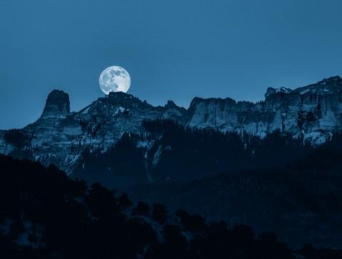 photo credit: Scott Sanford Prussian Moon via photopin (license)
