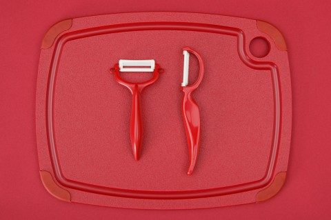 photo credit: Didriks Kyocera Ceramic Peelers on Epicurean Recycled Plastic Cutting Board via photopin (license)