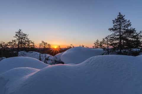 photo credit: Juho Holmi Martimoaapa - Sunrise at Keski-Penikka via photopin (license)